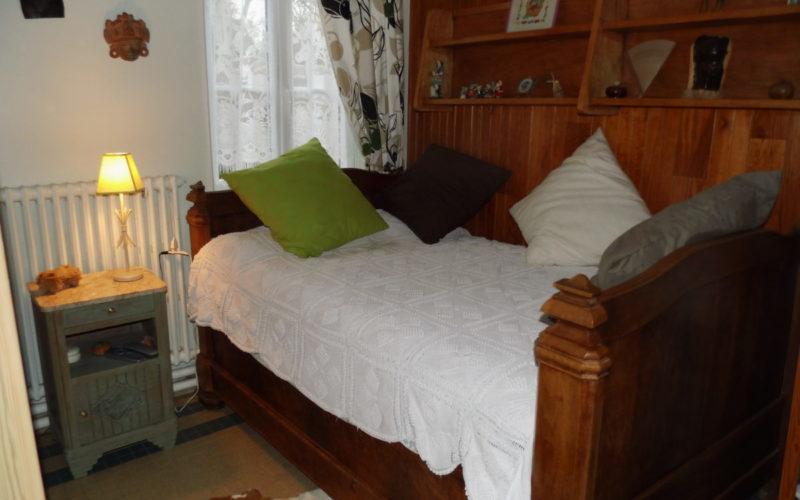 DSCI1839JPG##Chambres d'hôtes Chez Léon##Petite chambre##