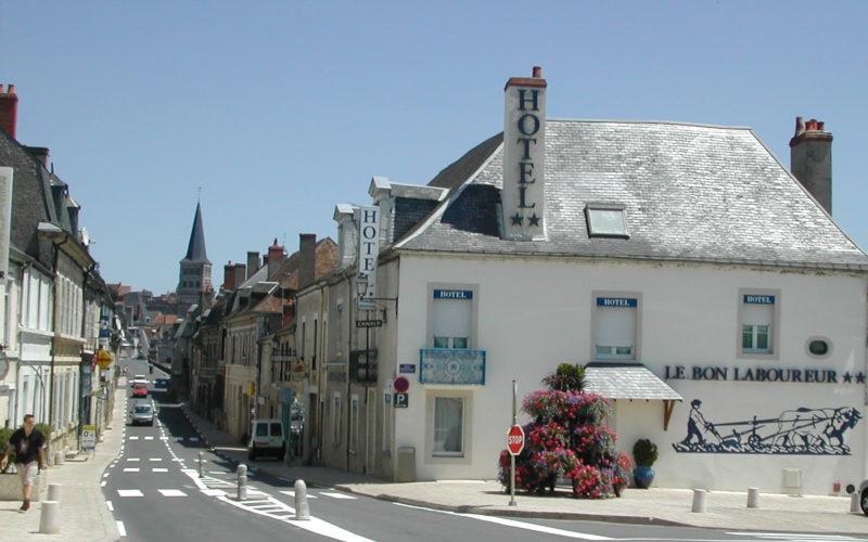 Le-bon-laboureur-Credit-hotel-9jpg##Le bon laboureur - Crédit hôtel (9)##M Cayet##