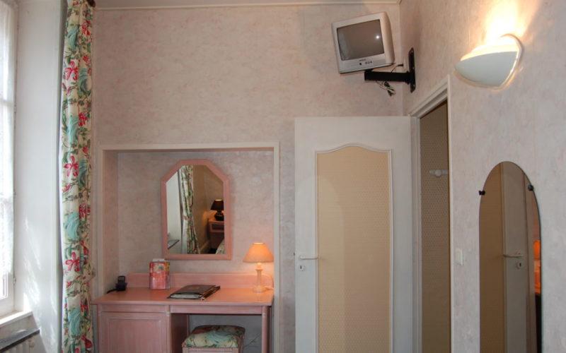 Photos-hotel-027jpg##Hôtel Le grand Monarque de La Charité##ADT 58##