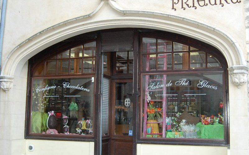 facade-confiseriejpg##La confiserie du prieuré ##ADT 58##