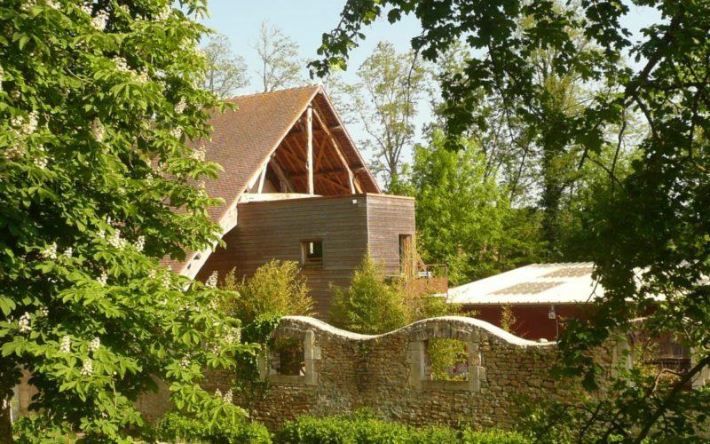 4-Cabanes-parmi-les-arbres-2JPG##Gîte Les Cabanes Saint-Jacques##ADT 58##