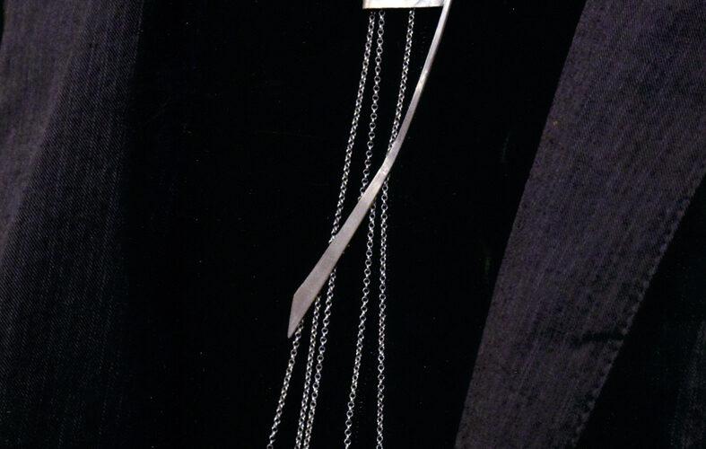 NathalieGouliart-bijou-cravatejpg##NathalieGouliart-bijou cravate##Nathalie Gouliart##