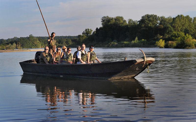 LIONEL-bis-2jpg##Sortie nature au bec d'Allier en bateau traditionnel avec Instant Nature ##ADT 58##