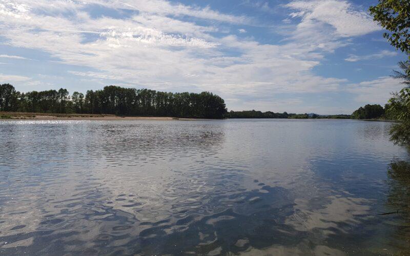 canoe-la-charite-2020-1-credits-sophie-lepoutrejpg##canoe la charite 2020 1- credits sophie lepoutre##Sophie Lepoutre ##
