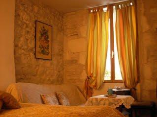 502-chambre-1er-etage-1jpg##Maison de la Loire##ADT 58##