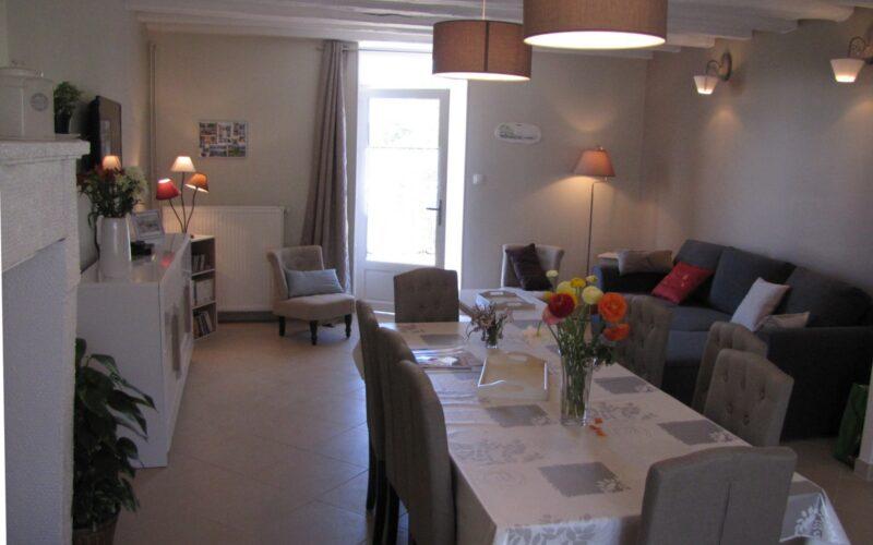 Les-Oiseaux-salon-salle-a-mangerjpg##Les Oiseaux - salon